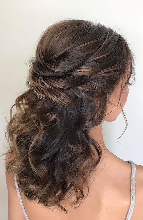 Bridal-Hairstyle-for-Medium-Length-Hair