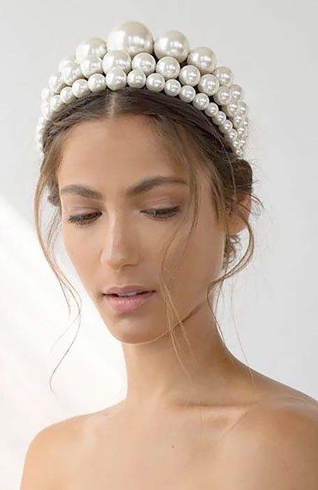 Bridal-Hairstyle-with-Headband