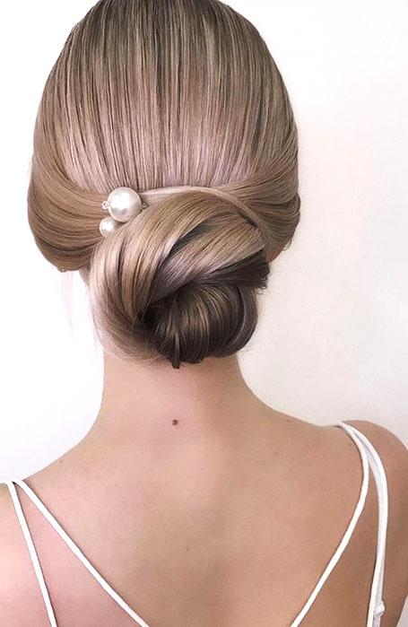 Low-Bun-Bridal-Hairstyle