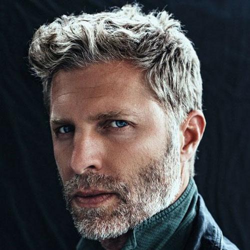Short-Hairstyles-For-Older-Men